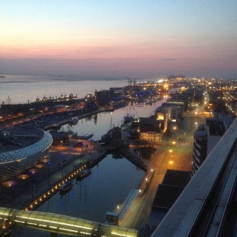 Hafen am Abend
