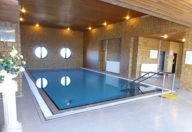 Schwimmbad mit Sauna möblierte Wohnung Havenblick